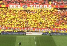 Les Red Tigers constituent la section la plus nombreuse et la plus active de supporters ultras du RC Lens. Photo: Benoît Dequevauviller