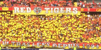 Les Red Tigers constituent la section la plus nombreuse et la plus active de supporters ultras du RC Lens. Photo: Benoît Dequevauviller