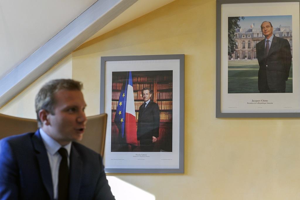 Dans le bureau d'Alexandre Vincendet à l'hôtel de ville de Rilleux-la-Pape. photo : R.Quadrini/KR Images Presse