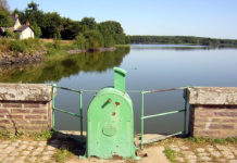 Barrage_de_Vioreau_(Joué-sur-Erdre)_Treehill – WC