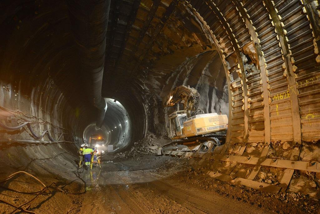 Saint-Martin-la-Porte (73) : Travaux du tunnel ferroviaire Lyon-Turin.