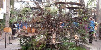 Grande maquette de l'arbre aux hérons