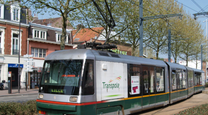Le tram Lille-Roubaix exploité par Transpole. Photo d'illustration : Creative Commons / AlfvanBeem