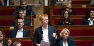 Adrien Quatennens - et son compère Ugo Bernalicis - tous deux France Insoumise - sont les deux députés du Nord qui contestent le moins les consignes de vote de leur parti selon l'analyse effectuée par Mediacités des 1118 scrutins intervenus depuis le début de la législature. Photo : Credit:CHAMUSSY/SIPA
