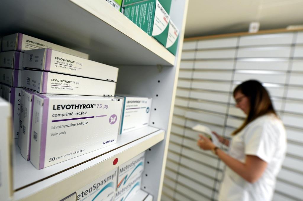 Au moins trois éléments chimiques impurs dans la nouvelle formule — Levothyrox