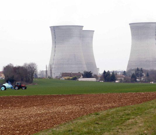 FRA: Demonstration at Bugey nuclear plant