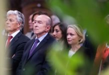 Gerard collomb at traditional vow of echevin, lyon