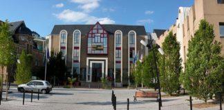 1280px-Saint-Herblain_mairie