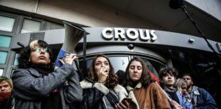 rassemblement devant le CROUS de Lyon