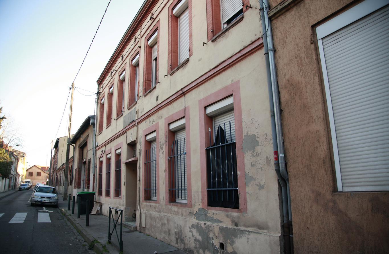 L'élu d'opposition possède un appartement dans cet immeuble destiné à être détruit dans le cadre de l'opération Teso.