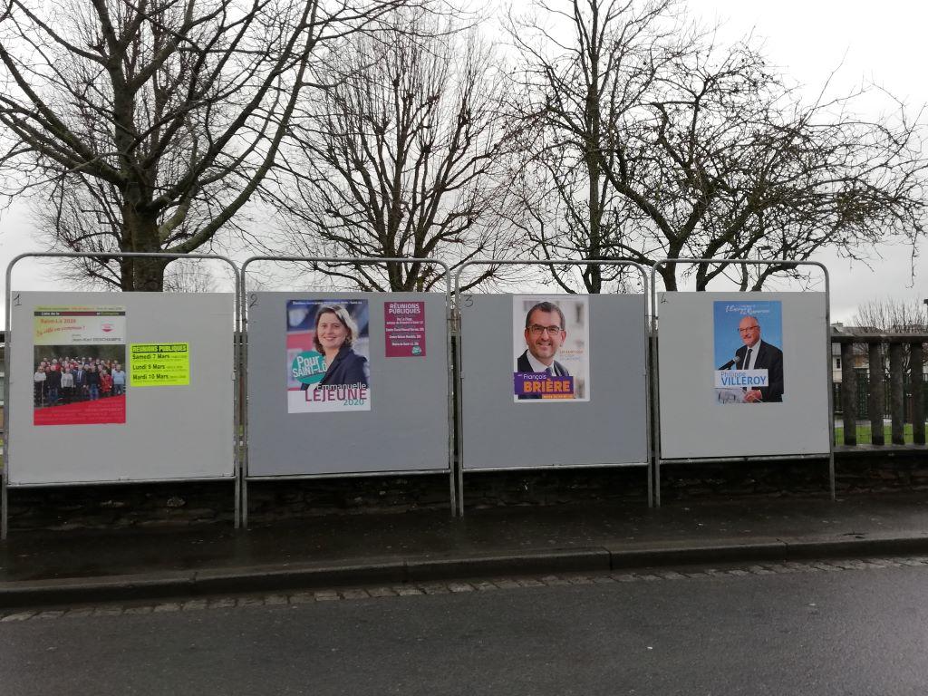 Élections_municipales_2020_à_Saint-Lô_-_Panneau_d'affichage_du_1er_tour