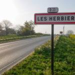 Les Herbiers, à 70 km de Nantes, une zone reputee pour son taux de chomage incompressible
