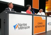 Johanna Rolland, entouree de Fabrice Roussel (a droite sur la photo) et Bertrand Affile