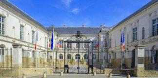 1280px-Nantes_-_Hotel_de_ville_04