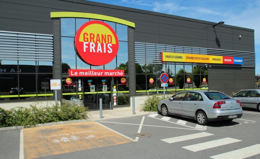 GrandFrais-Rambouillet-CC BY-SA 3.0-Lionel Allorge